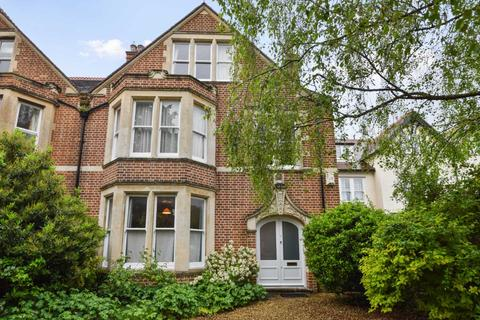 6 bedroom semi-detached house for sale - Lathbury Road, Oxford