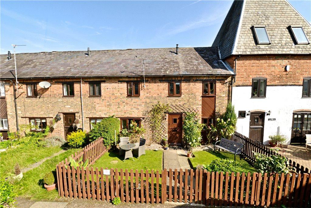 3 Bedrooms Terraced House for sale in The Maltings, Silver End, Olney, Buckinghamshire
