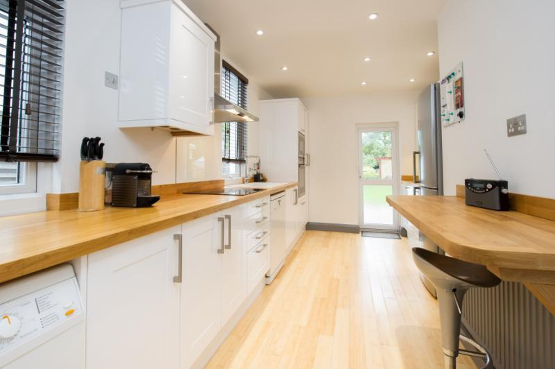 3 Bedrooms Semi Detached House for sale in London Road, Headington, Oxford, Oxfordshire