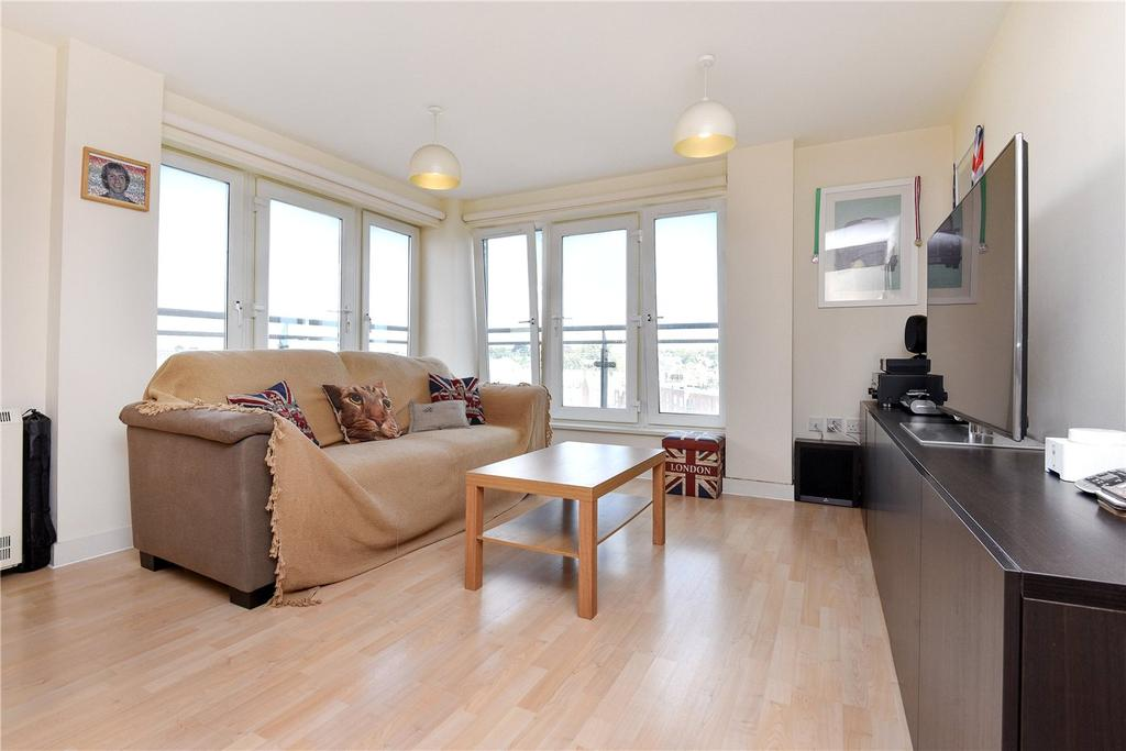 2 Bedrooms Flat for sale in Winterthur Way, Basingstoke, Hampshire, RG21
