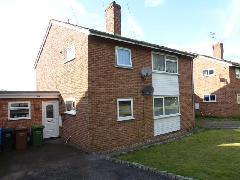 2 Bedrooms Maisonette Flat for sale in Four Pools Road, Evesham