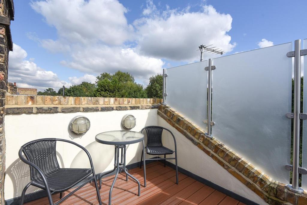 3 Bedrooms Flat for sale in Earlsfield Road, Earlsfield