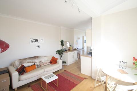 1 bedroom apartment to rent - Bristol Gardens, Brighton, BN2
