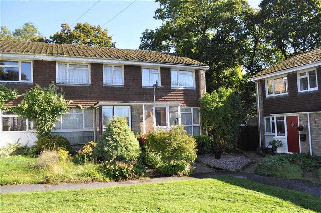 4 Bedrooms End Of Terrace House for sale in White Cottage Close, Farnham, Surrey