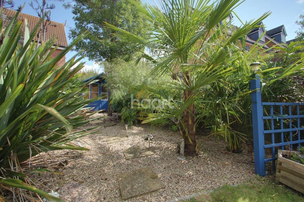 3 Bedrooms Detached House for sale in Goosander Road