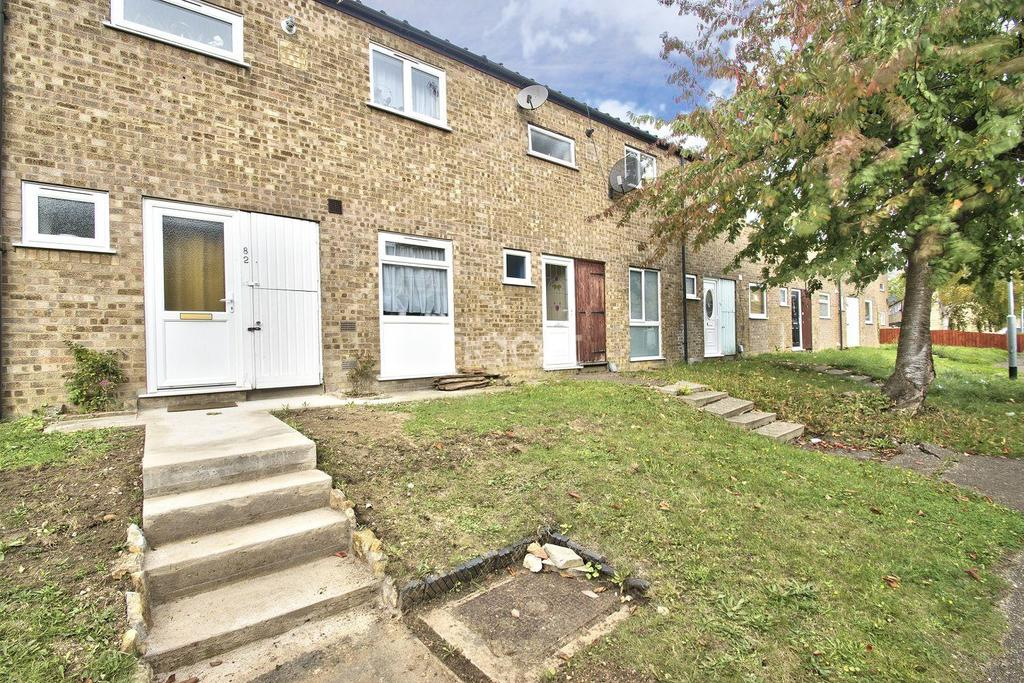 3 Bedrooms Terraced House for sale in Outfield, Bretton, Peterborough