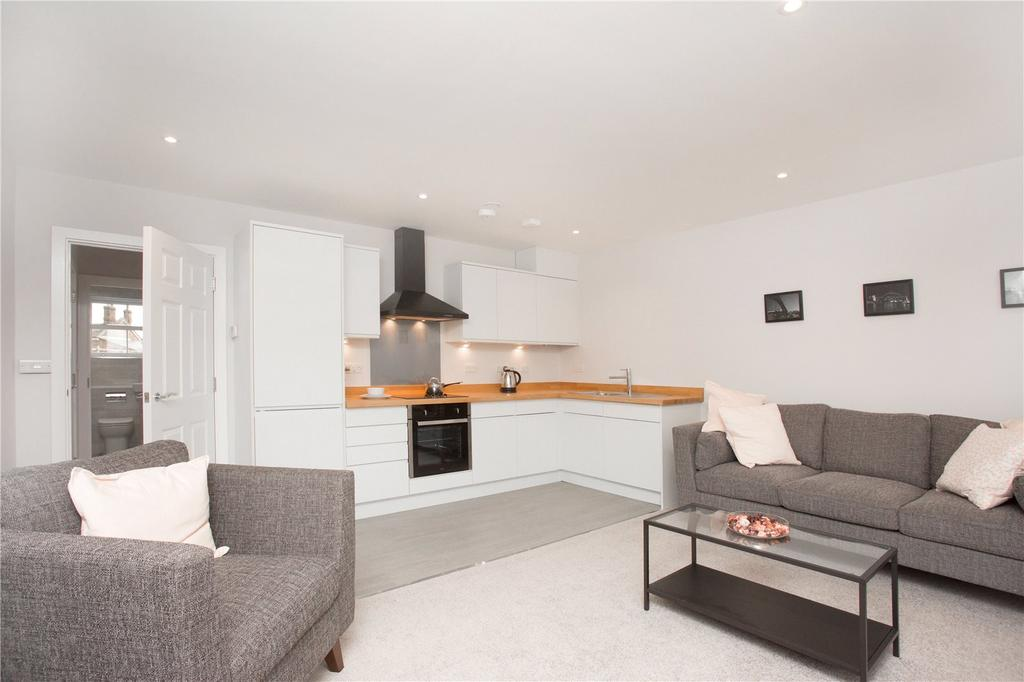 1 Bedroom Apartment Flat for sale in Brewery Mews, Church Road, Watford, Hertfordshire, WD17