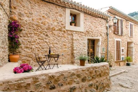 2 bedroom house  - Stone House With Small Patio, Alaró, Mallorca