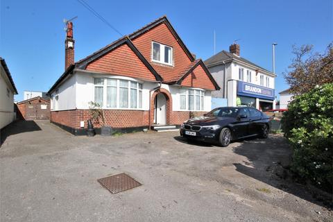 6 bedroom chalet for sale - Ringwood Road, Parkstone, Poole, Dorset