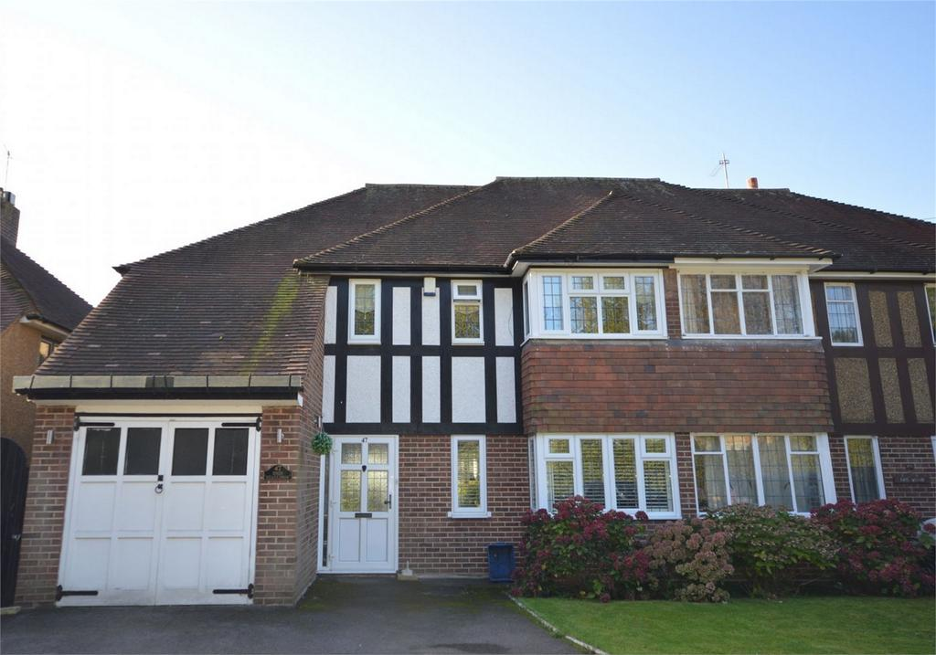 4 Bedrooms Semi Detached House for sale in 47 Coppice Row, Theydon Bois, Essex