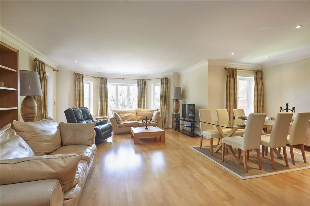 2 Bedrooms Flat for sale in Powell House, 96 Wimbledon Hill Road, London, SW19