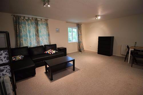 Studio Flat for sale in Raven Close, Colindale, NW9