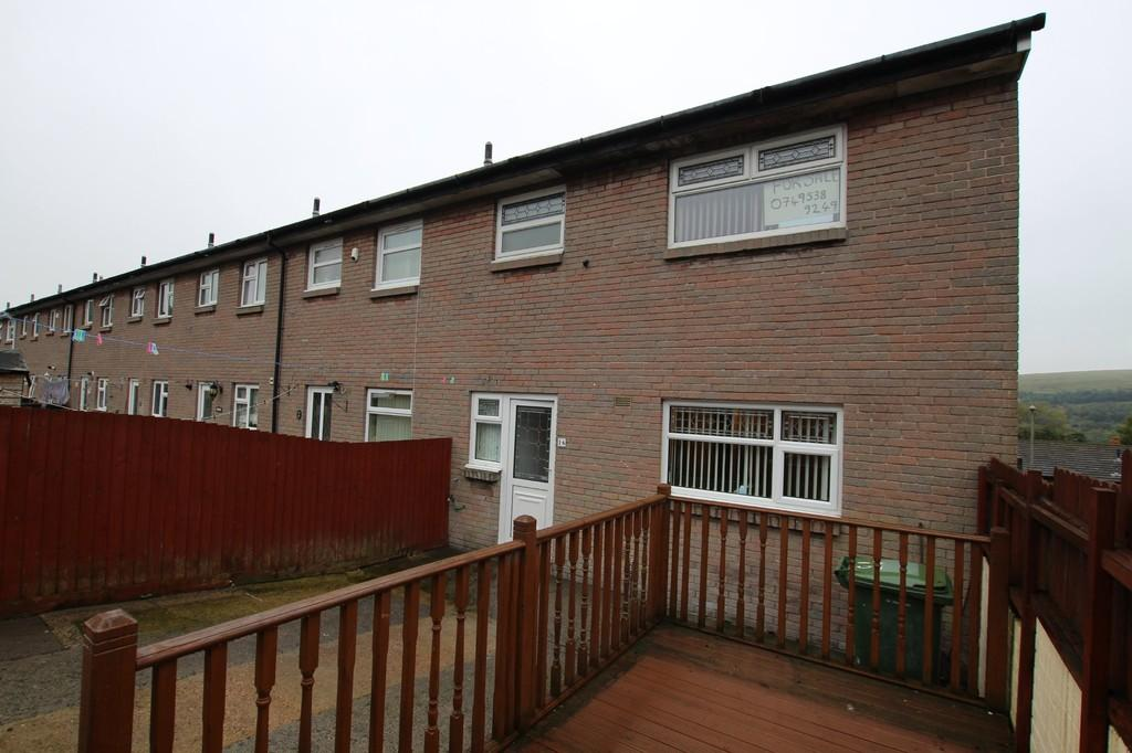 4 Bedrooms End Of Terrace House for sale in Thomas Fields, Rhymney