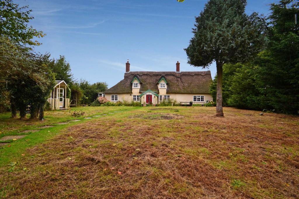 4 Bedrooms Cottage House for sale in Ketteringham, Norfolk
