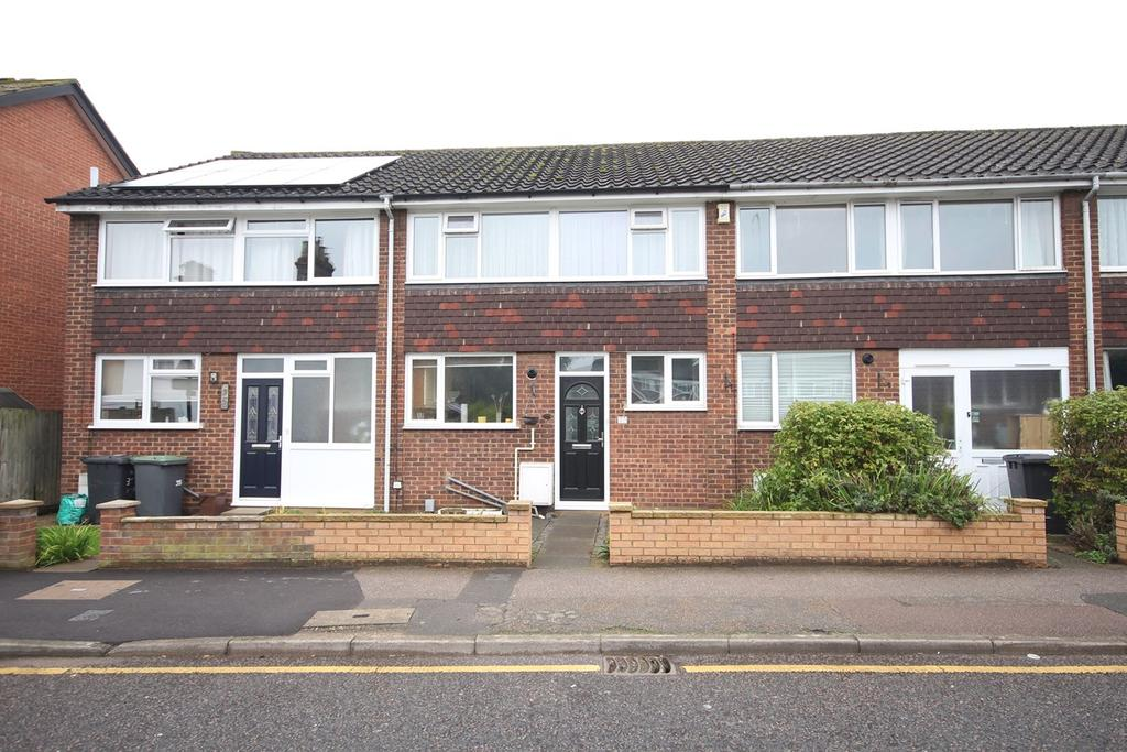 3 Bedrooms Terraced House for sale in North Bridge Street, Shefford, SG17
