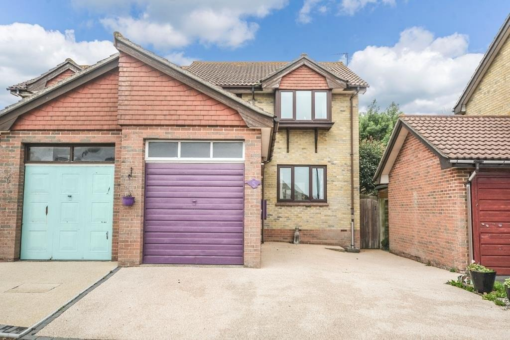 3 Bedrooms Semi Detached House for sale in Broomlands Close, St. Helens