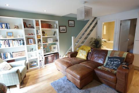 2 bedroom flat for sale - Sandy Hill Road, Woolwich, SE18 7AZ