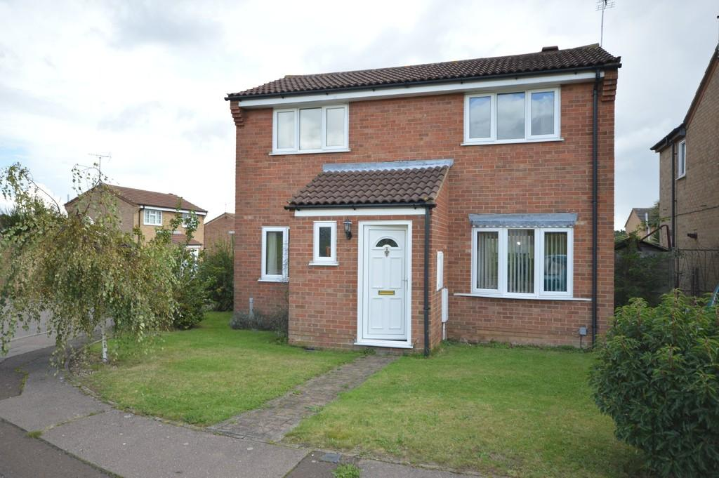 3 Bedrooms Detached House for sale in Siskin Close, Longridge Park