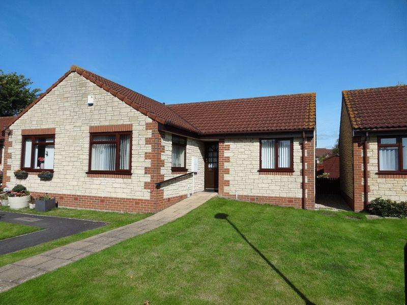 2 Bedrooms Semi Detached Bungalow for sale in Willow Court, Bridgwater