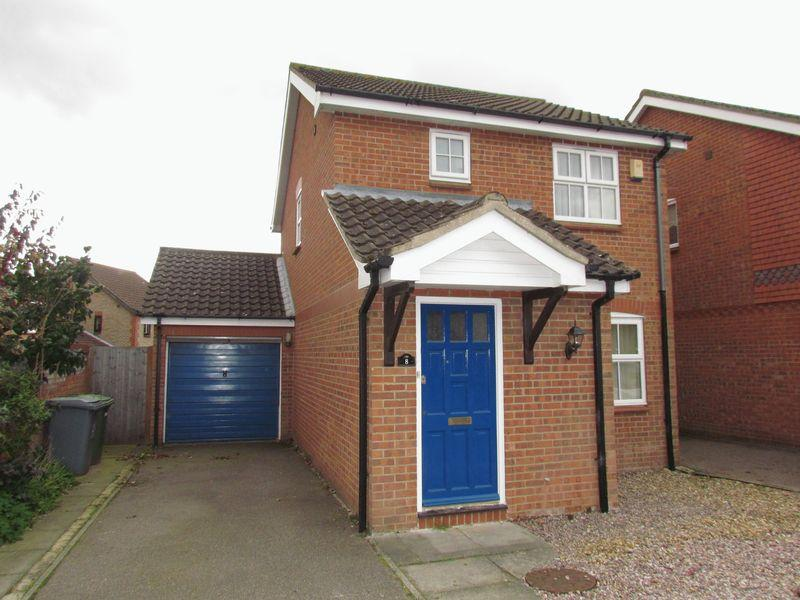 3 Bedrooms Detached House for sale in Ashgrove, Drayton, Norwich