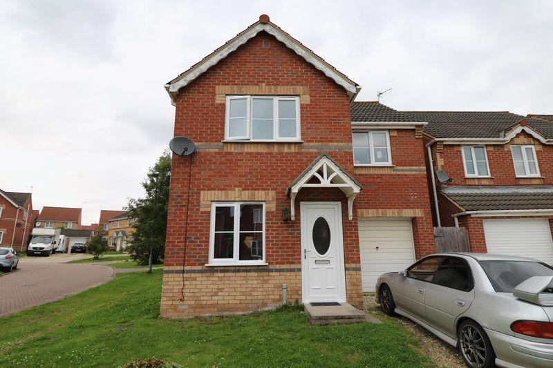 3 Bedrooms Detached House for sale in Gloucester Court, Scunthorpe