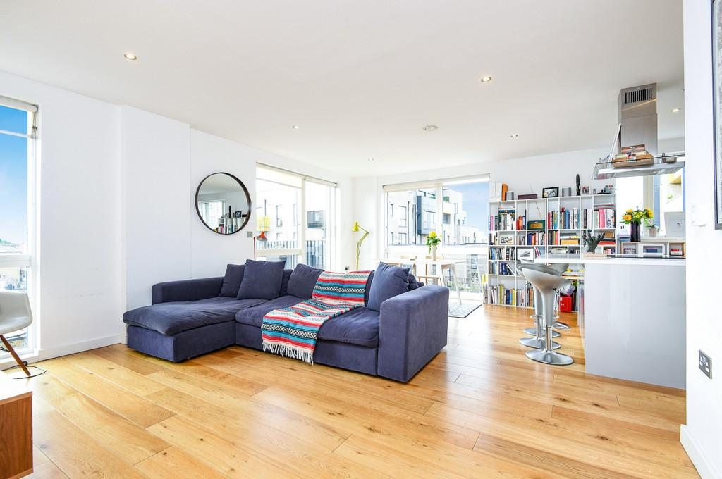 2 Bedrooms Apartment Flat for sale in Costermonger Building, SE16