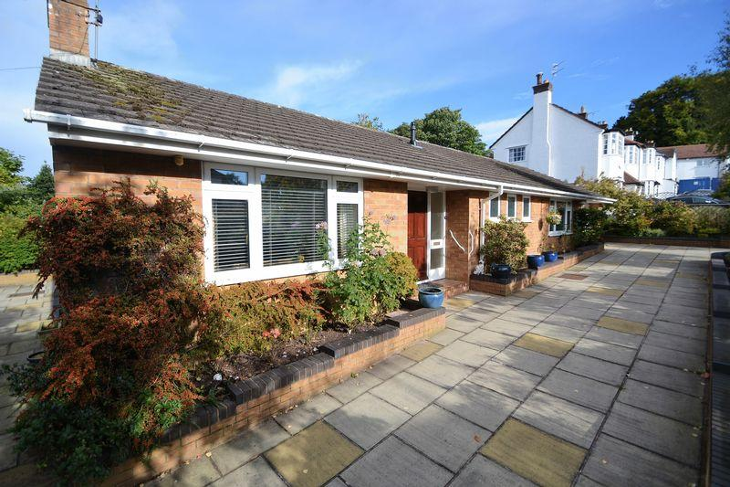 2 Bedrooms Bungalow for sale in Hessle Drive, Wirral