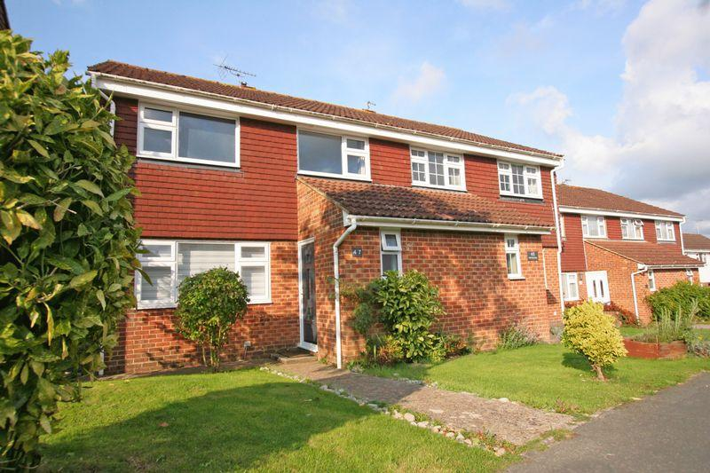 3 Bedrooms Semi Detached House for sale in ***REDUCED*** Parsonage Road, Henfield