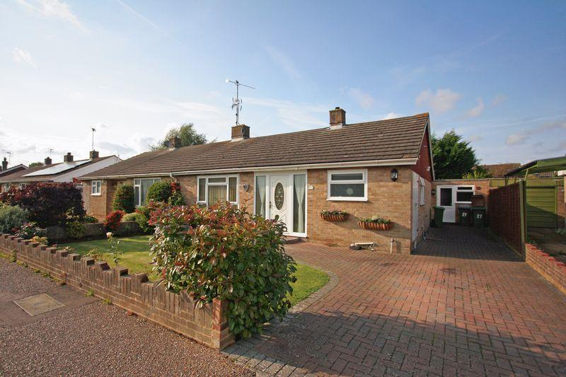 4 Bedrooms Semi Detached Bungalow for sale in Henfield