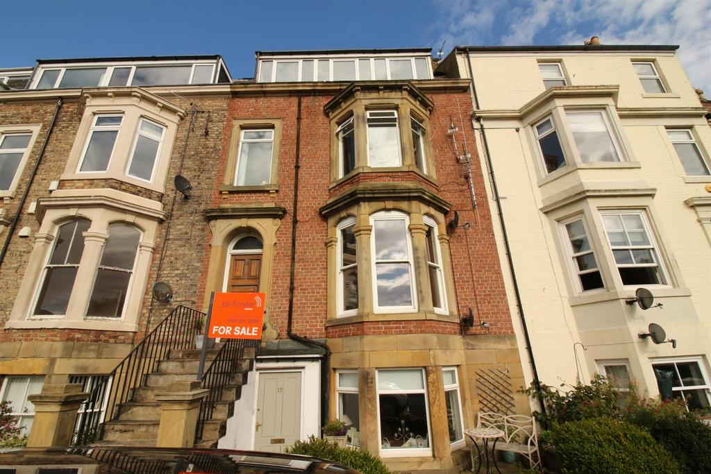 2 Bedrooms Flat for sale in Northumberland Terrace, North Shields