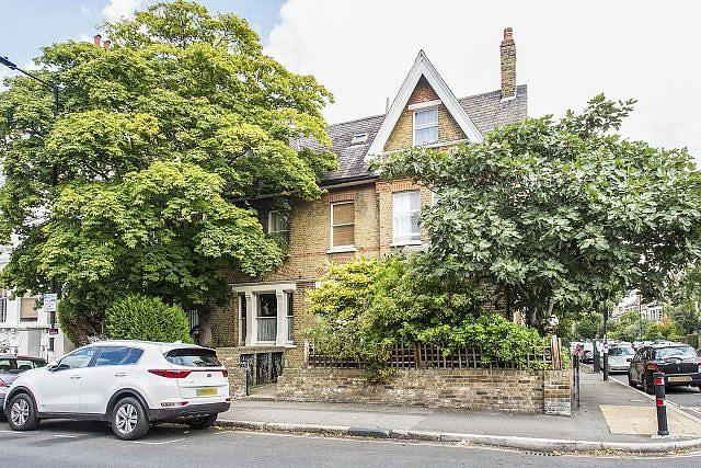 4 Bedrooms House for sale in Gauden Road, SW4