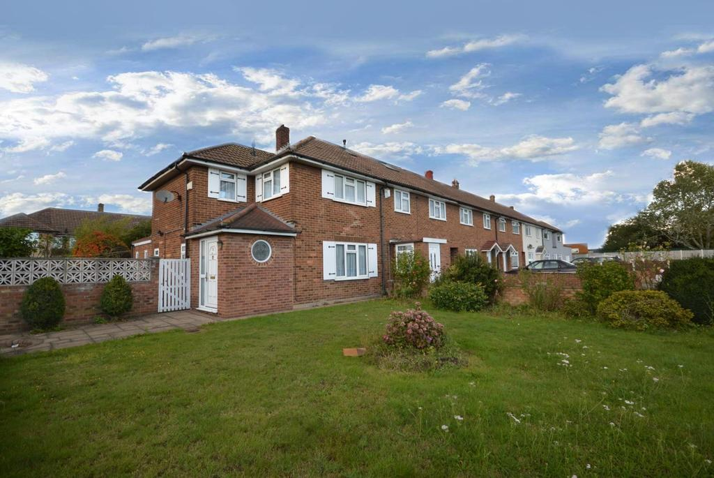 2 Bedrooms End Of Terrace House for sale in Mungo Park Road, Rainham, Essex, RM13