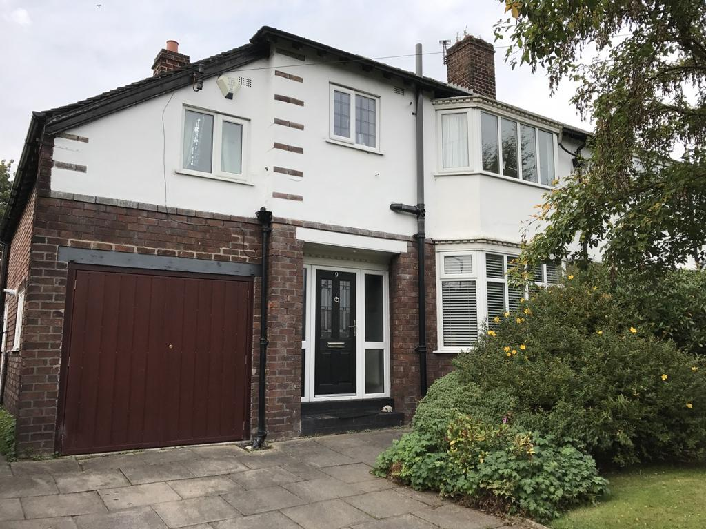 4 Bedrooms Semi Detached House for sale in Grosvenor Road, Sale