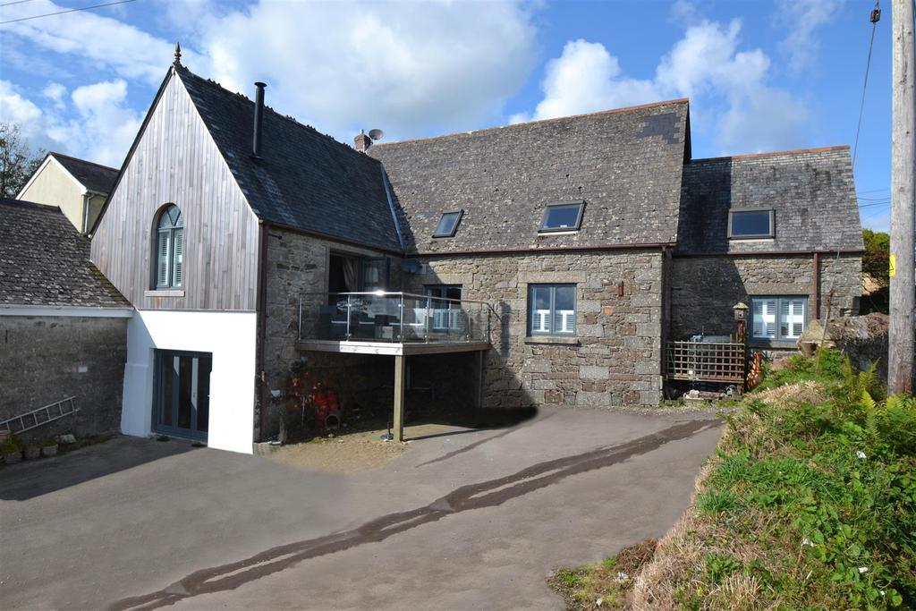 4 Bedrooms House for sale in Trenoweth, Mabe Burnthouse, Penryn