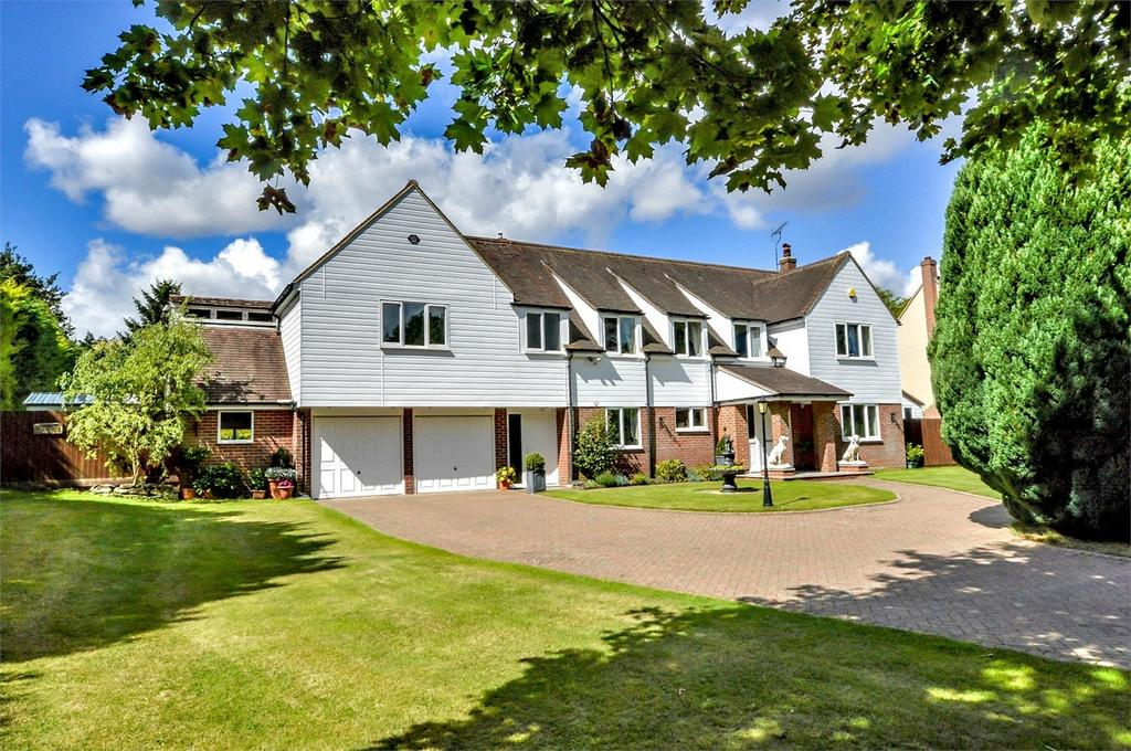6 Bedrooms Detached House for sale in Little Paddock, Bardfield Road, Finchingfield