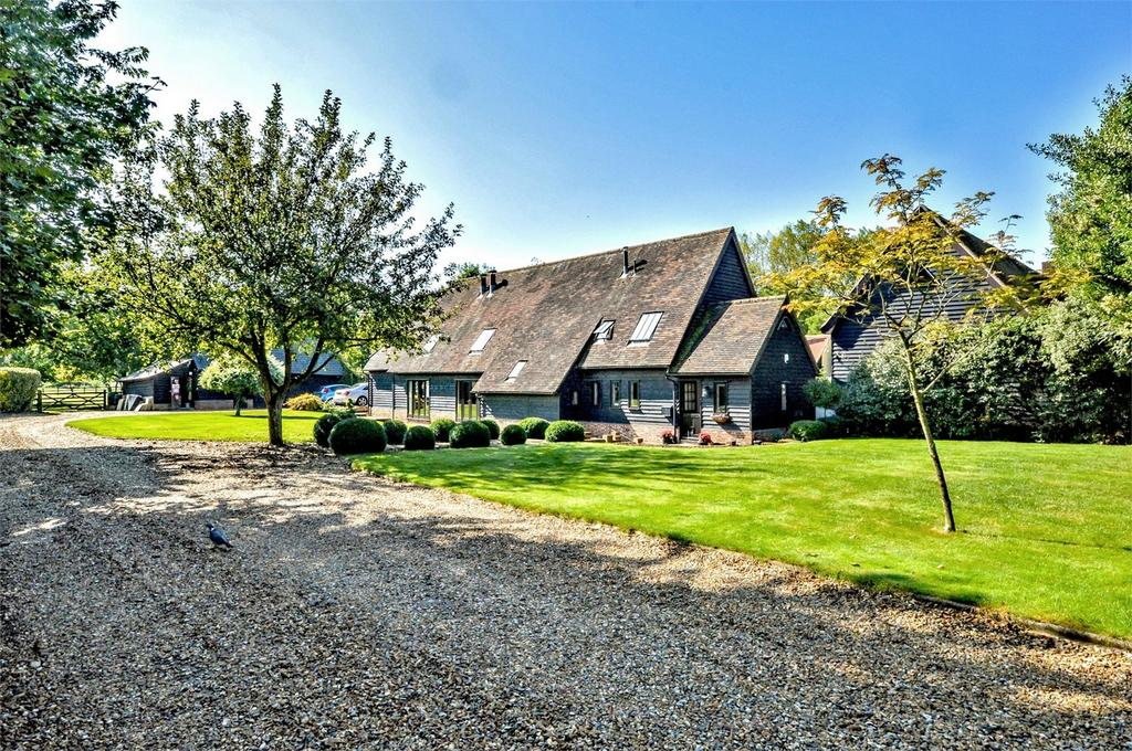4 Bedrooms Barn Conversion Character Property for sale in Greenwood Barn, Littlebury Green, Nr Saffron Walden