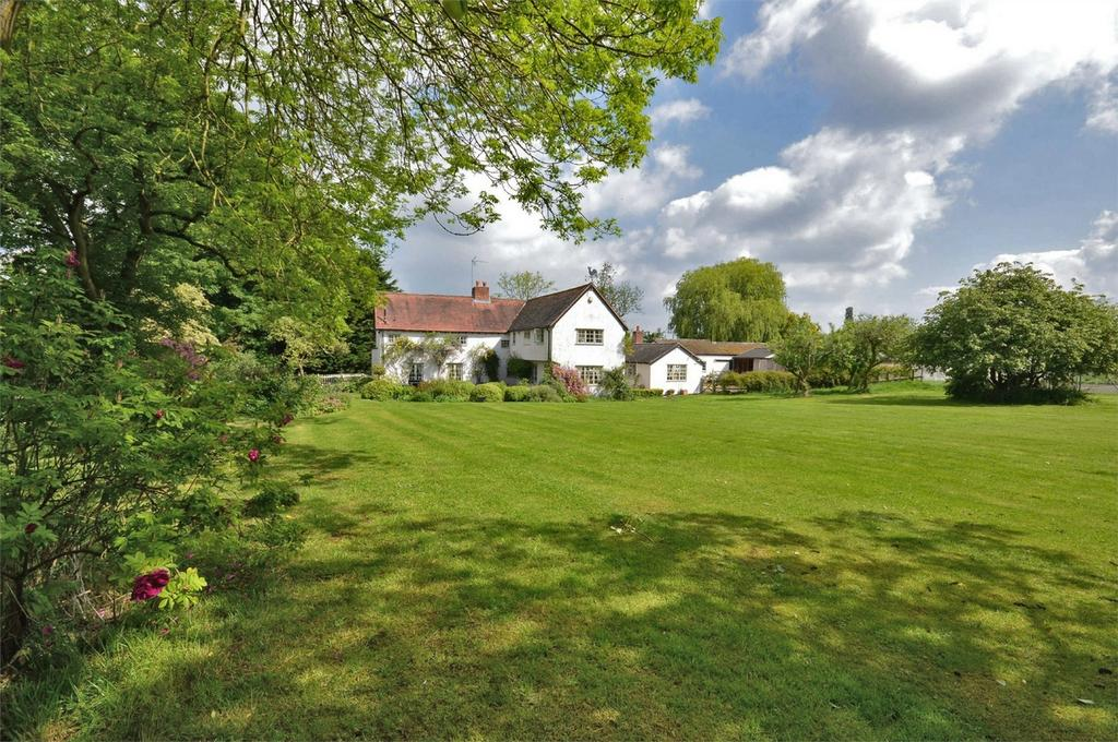 4 Bedrooms Detached House for sale in Sparrows Farm, Debden Green, Nr Saffron Walden