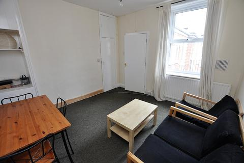 4 bedroom property to rent - Ancrum Street, Newcastle Upon Tyne