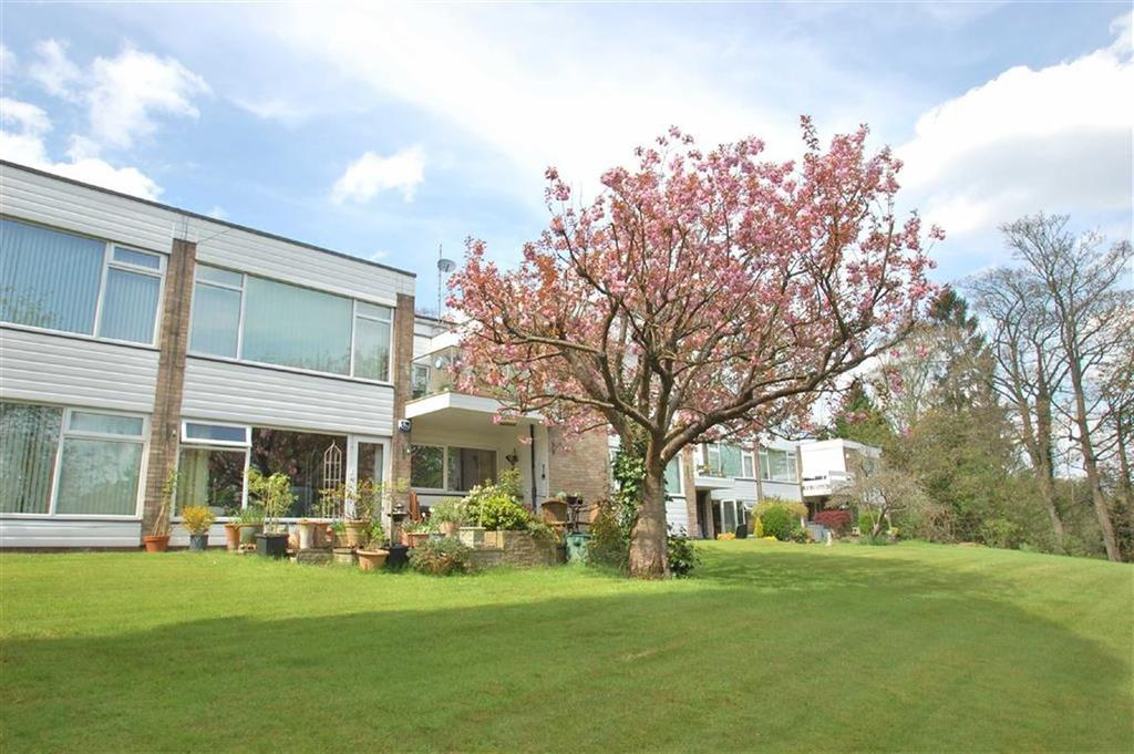 3 Bedrooms Flat for sale in Rookwood Hill, Bramhall, Cheshire