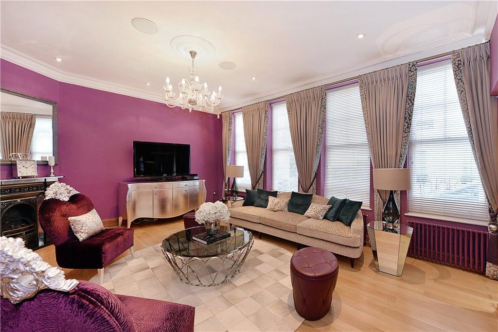 2 Bedrooms Terraced House for sale in Gerald Road, Belgravia, London, SW1W