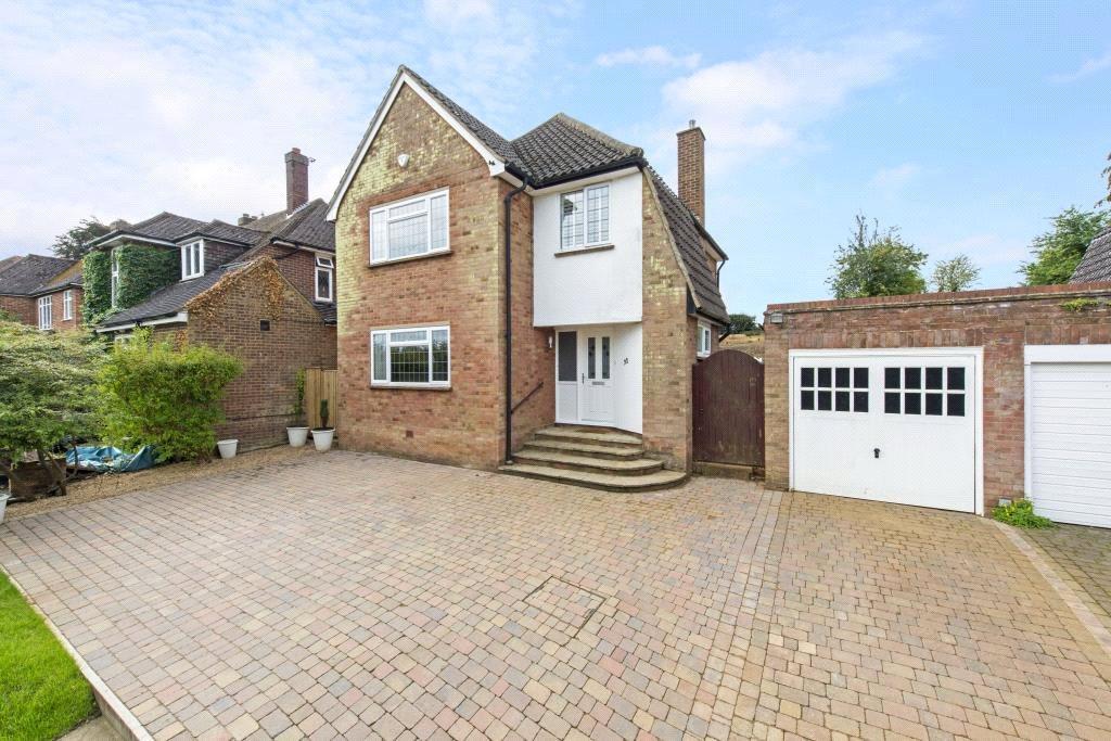 3 Bedrooms Detached House for sale in Upper Hall Park, Berkhamsted, Hertfordshire, HP4