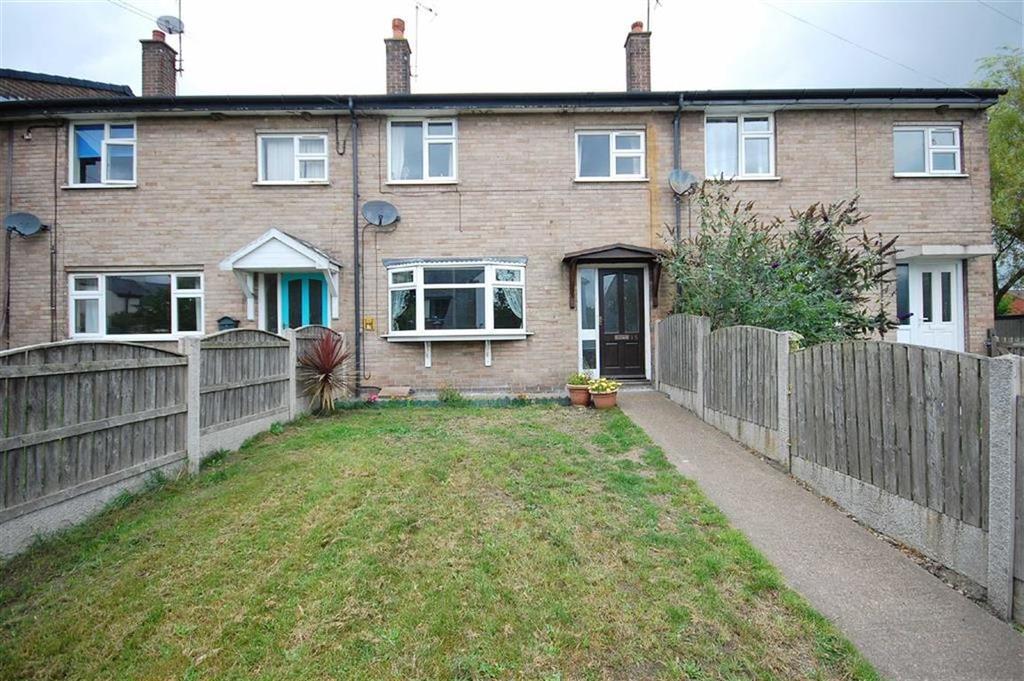 3 Bedrooms Terraced House for sale in Main Street, Burton Salmon, Leeds, LS25