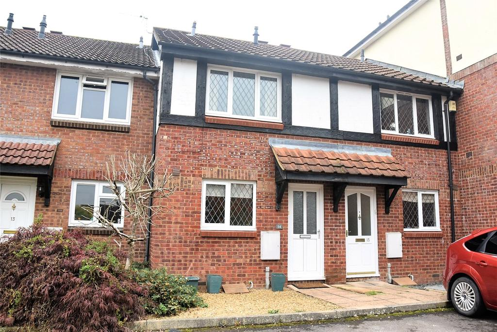 2 Bedrooms Terraced House for sale in Odette Gardens, Tadley, Hampshire, RG26