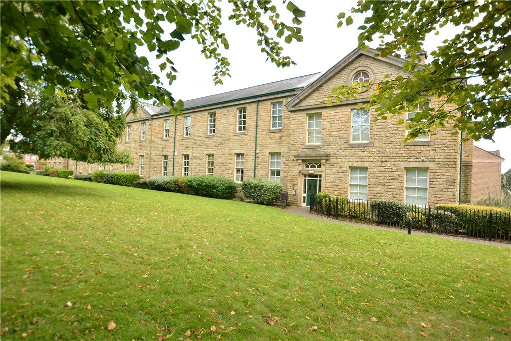 2 Bedrooms Apartment Flat for sale in Stoneleigh Court, Leeds