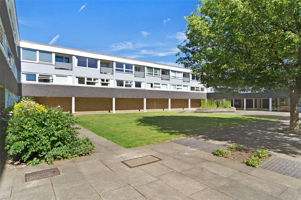 2 Bedrooms Flat for sale in Highsett, Cambridge