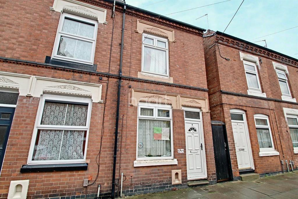 3 Bedrooms End Of Terrace House for sale in Churchill Street, Highfields, Leicester