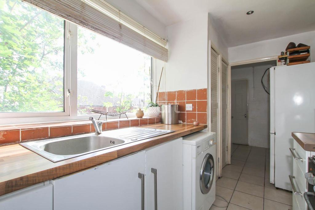 3 Bedrooms Terraced House for sale in Mandeville, Oaks Cross, Stevenage