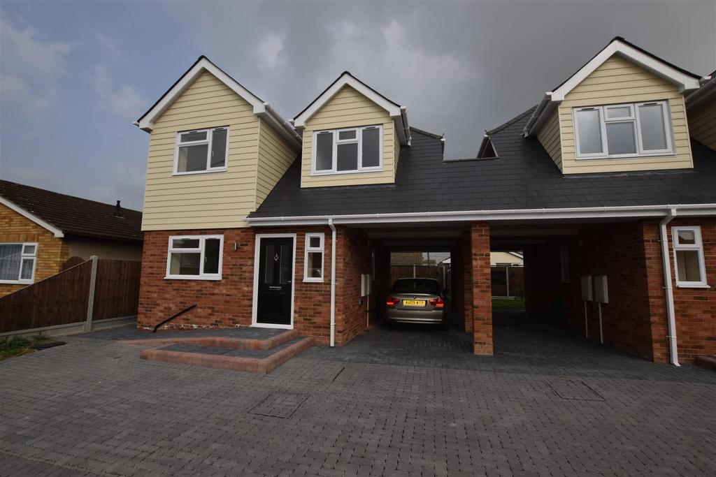 2 Bedrooms House for sale in Paarl Road, Canvey Island