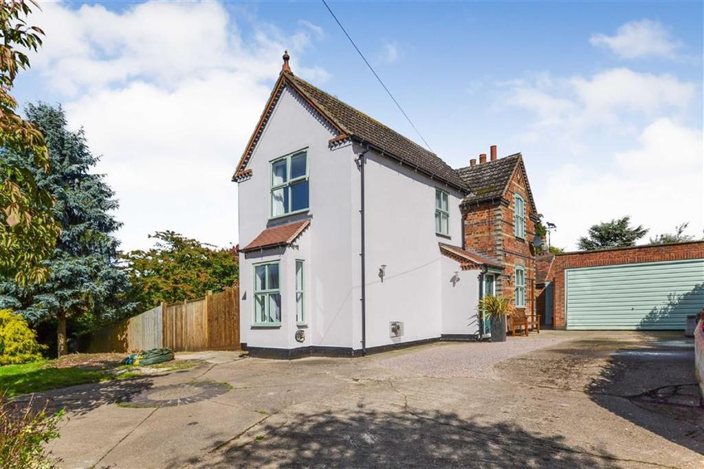 3 Bedrooms Detached House for sale in Measham