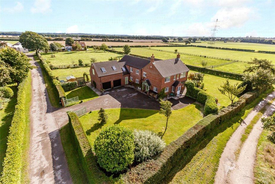 6 Bedrooms Detached House for sale in Ravensdale Lodge, Stillington, York, YO61